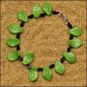 Bright Green Curly Leaf Bracelet