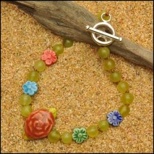 Olivine Jade with Peruvian Flowers Bracelet