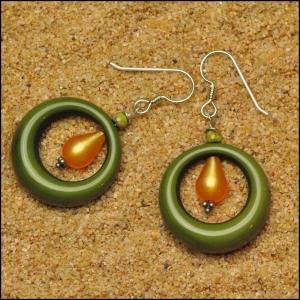 Green Vintage Lucite Hoop Earrings