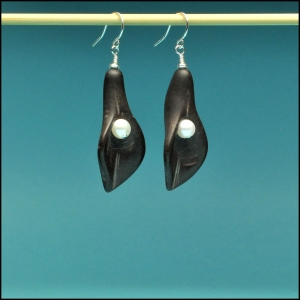 Black Calla Lily with Pearl Earrings