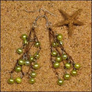 Apple Green Pearl Earrings
